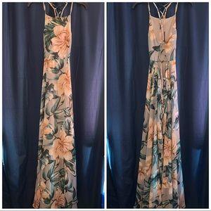Lulu's Dresses - Love Abloom Grey Floral Print Lace Up Maxi Dress